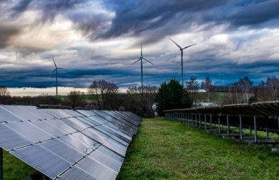 solar-panel-4716640_1920